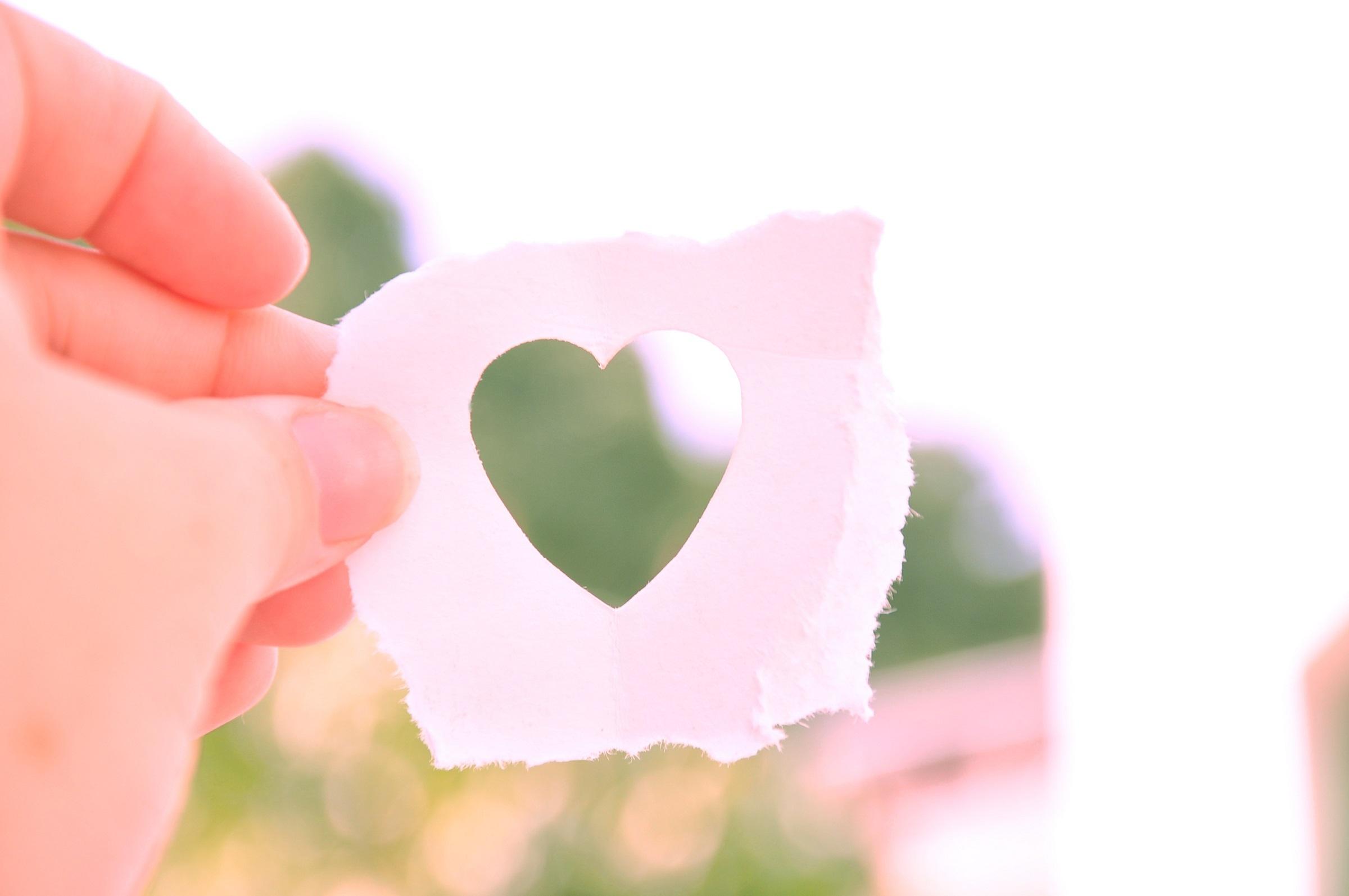 バレンタインメッセージを彼氏へ!手紙の例文やメールの内容を調査!